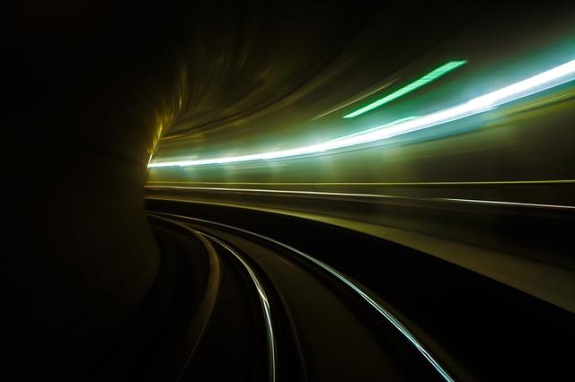 rýchlosť svetla.jpg