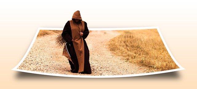 Mních na fotke.jpg